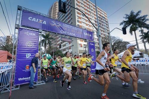 Foto largada XI Maratona 2014